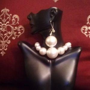 Jewelry - Women's Handmade Jumbo Pearl Choker set